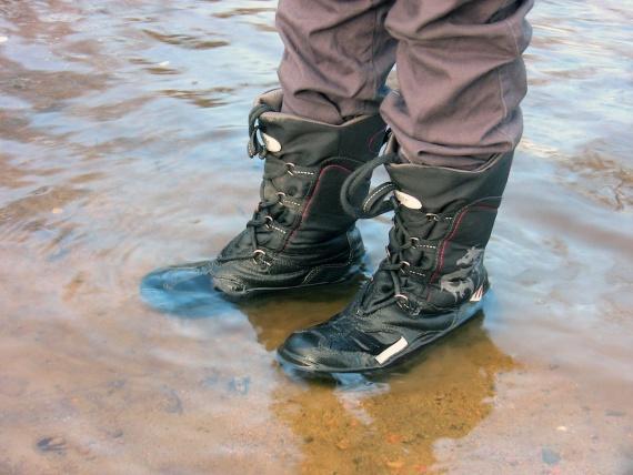 Детская непромокаемая обувь