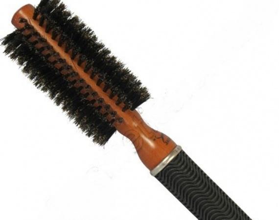 Расческа с натуральной щетиной волосы электризуются
