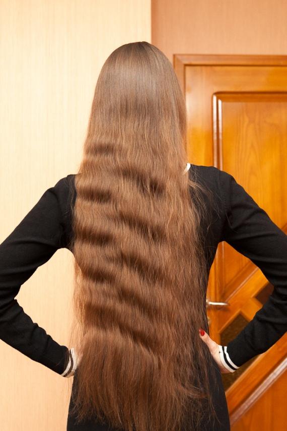 Вы все еще мучаете свои волосы старой расческой?  Легендарная Tangle Teezer изменит ваше представление о расчесывании щадящая расческа