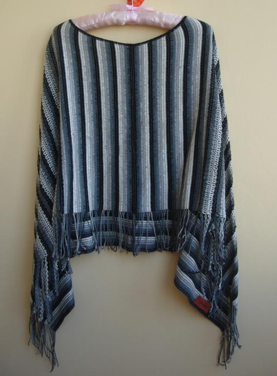 Пончо MISSONI незаменимая деталь летнего гардероба. MISSONI