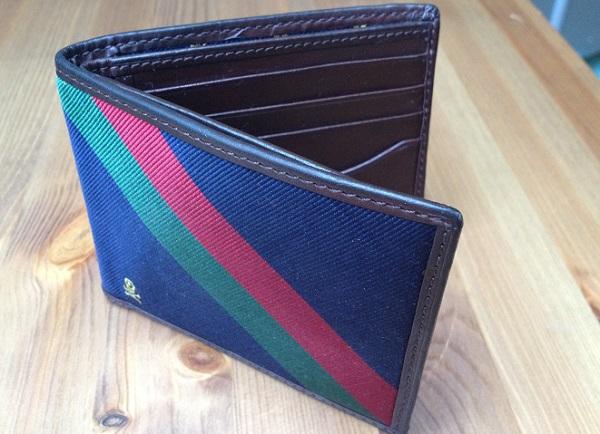 Веселый бумажник от Ральфа Лорена Веселый бумажник от Ральфа Лорена